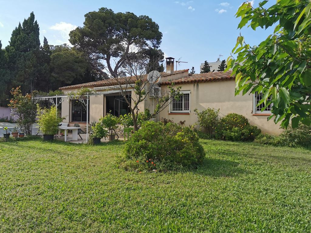 Villa NARBONNE 239000€ MYRIAM MAGNE IMMOBILIER